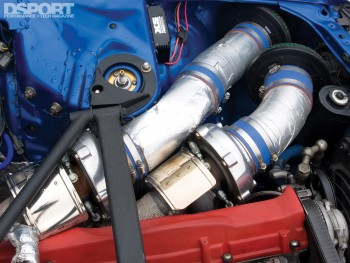 Twin Turbos on the XS engineering Nissan R32 GT-R