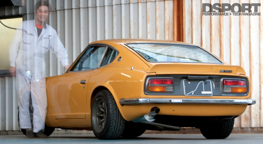 Tomitaku appearing with his iconic Datsun 240Z