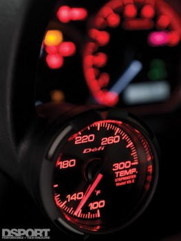 Defi gauge in the 565 WHP Subaru STI
