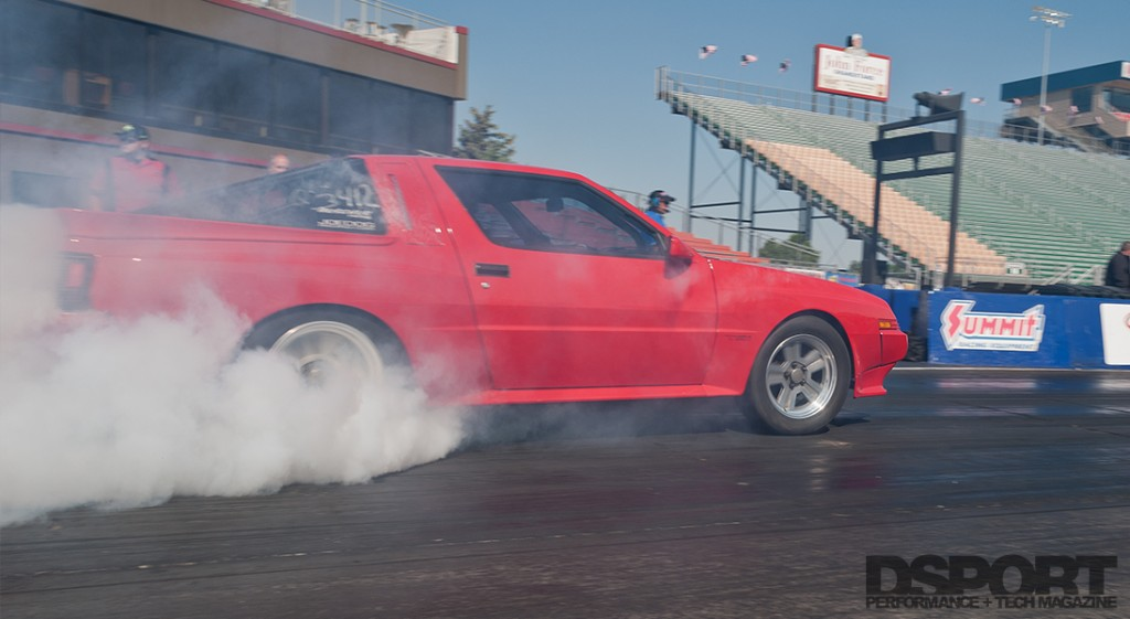 4G63 Drag Racing Conquest doing a burnout