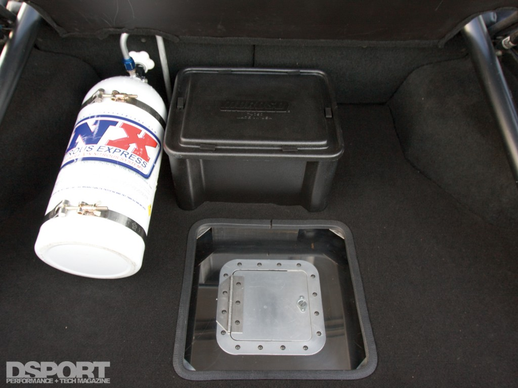 4G63 Drag Racing Conquest nitrous in the trunk