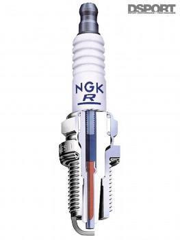 Cutaway of an ignition plug