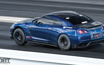 Gidi R35 Heading down the track