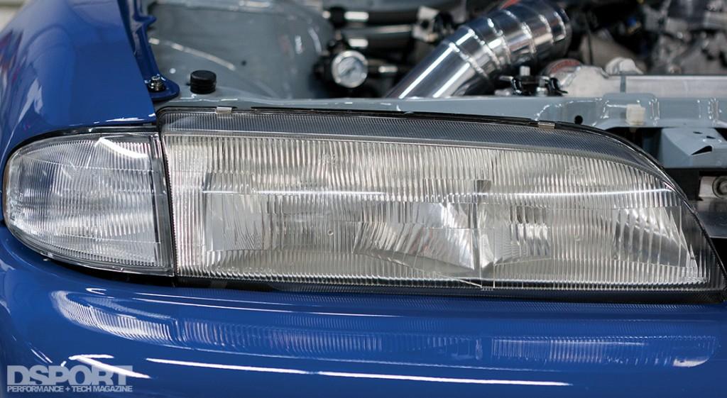 157-001-Tech-HeadlightRestoration-S14light