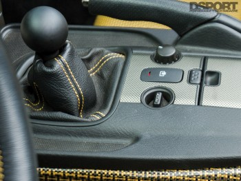 Shifter in the 600 HP Turbocharged Honda S2000