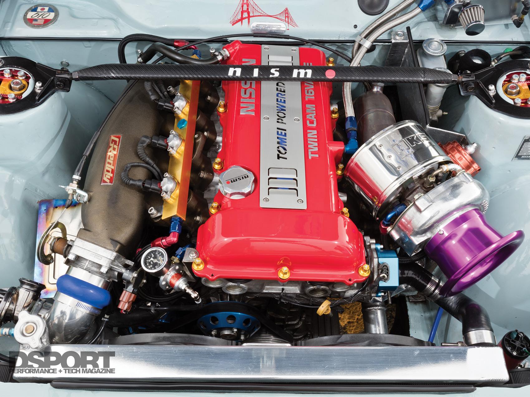 159-002-Feat-Paredes510-EngineBay