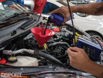 Changing the oil of Project Fiesta