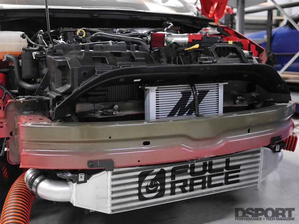 170-tech-fiesta-08-engine