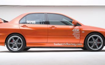 Turbotrix Mitsubishi EVO VIII first into the nines