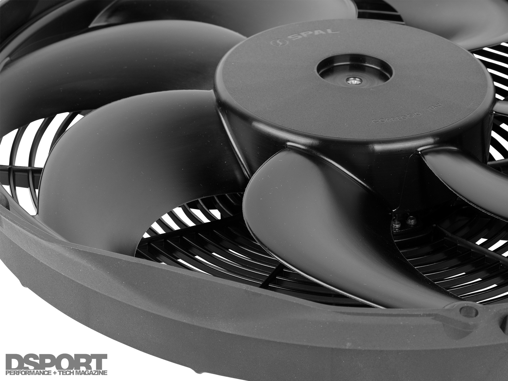 Quick Tech: The Ultimate Electric Fan Solution - DSPORT Magazine