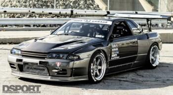 Nissan R32 Skyline GTS-T Front