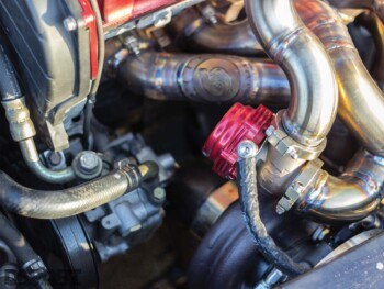 Mitsubishi Evo IX Engine Bay