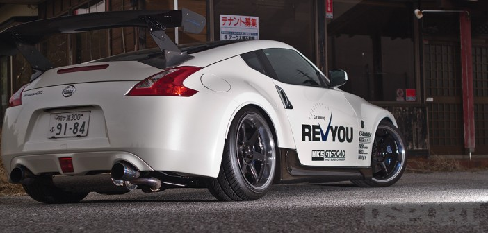 Car Making Revyou supercharged Nissan 370Z featured in DSPORT Magazine