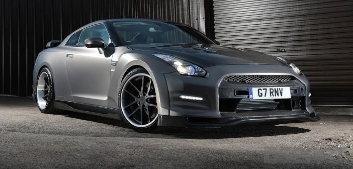 DSPORT Magazine feature on an 850-horsepower Street-driven Nissan GT-R