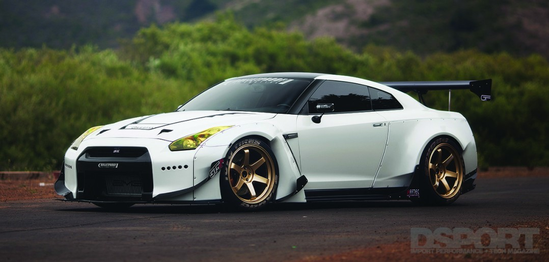 How Much Horsepower Does A Gtr Have >> 800 Horsepower Nissan Gt R Dsport Magazine